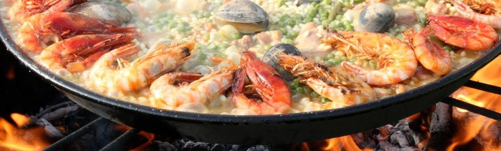 3 easy camp fire recipe using your catch of the day - paella fish and sea food